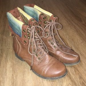 Brown combat boots size 6